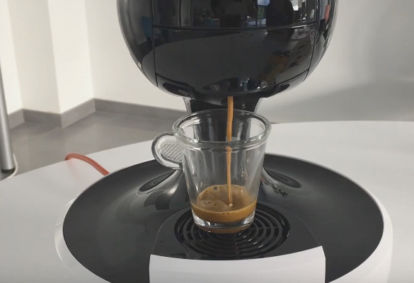 Nescafè-Dolce-Gusto-Drop-by-Krups-recensione3-707x400