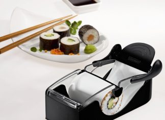 Sushi making machine
