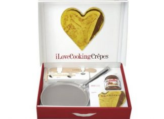 Set cooking crepes