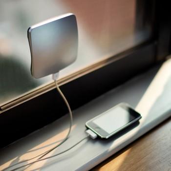 Caricabatterie solare da finestra - Argento